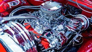 Limpiar el motor del coche