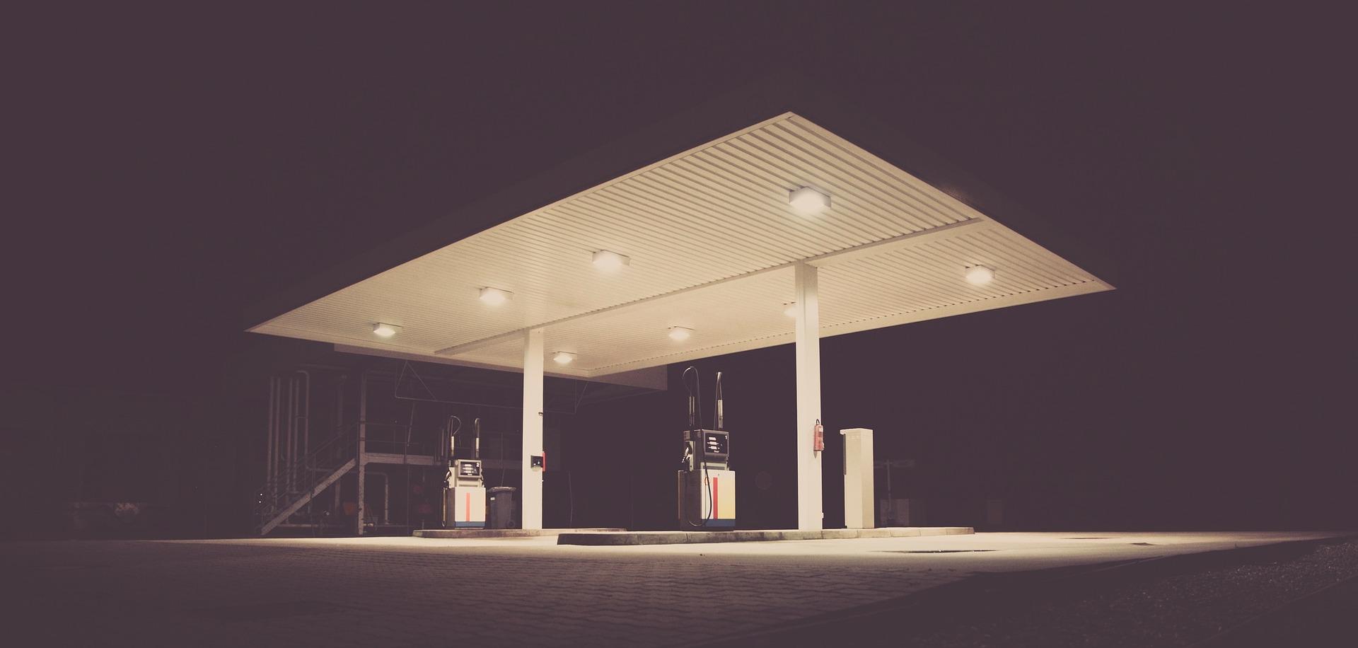 Coche gasolinera